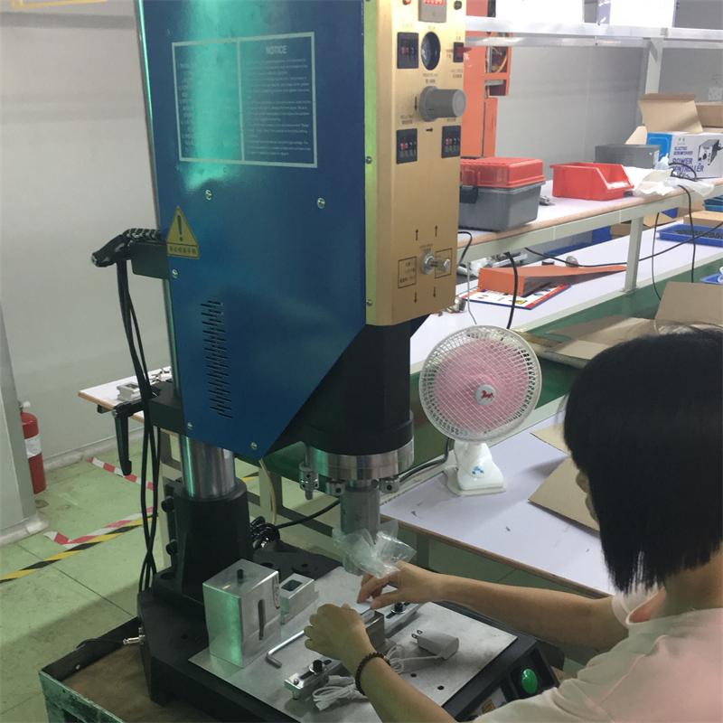 超聲波焊接機4.png